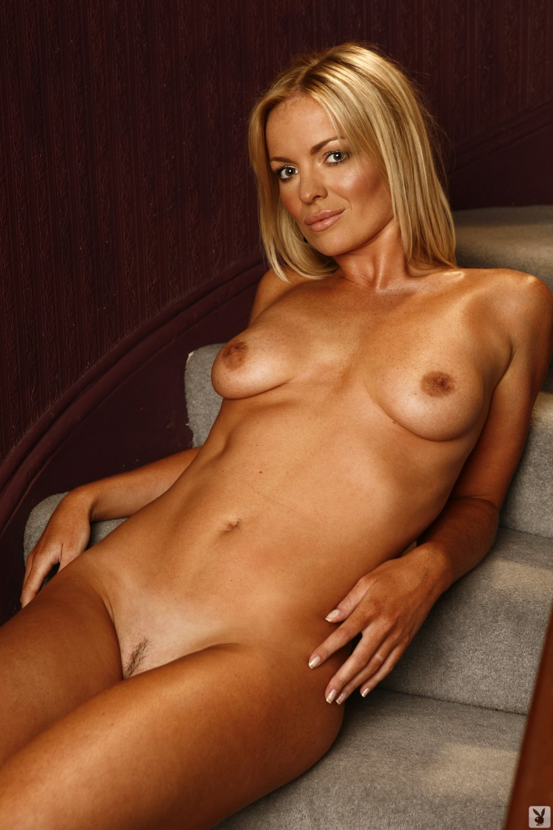 abigail-uk-cyber-girl-april-2011-playboy-21