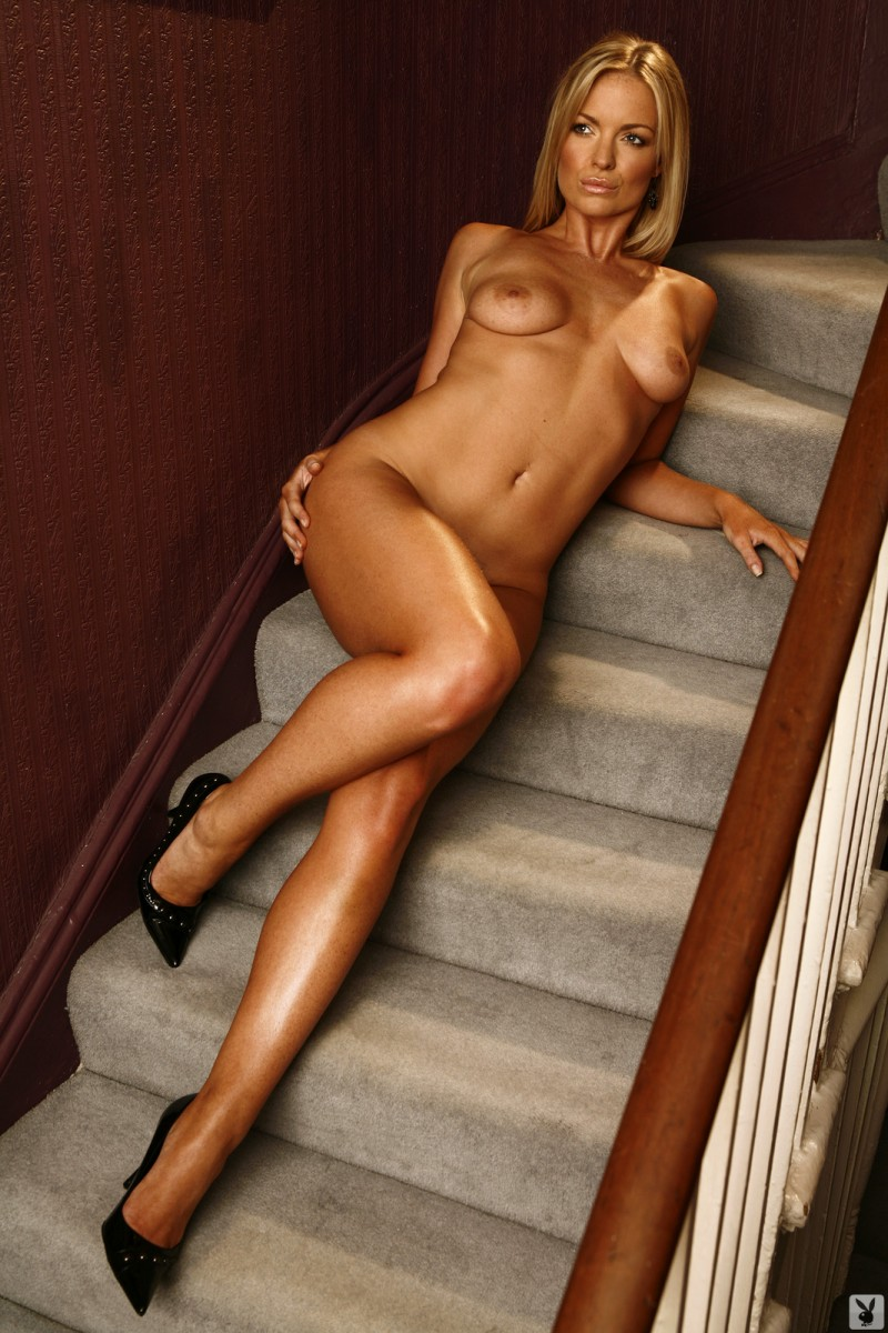 abigail-uk-cyber-girl-april-2011-playboy-23