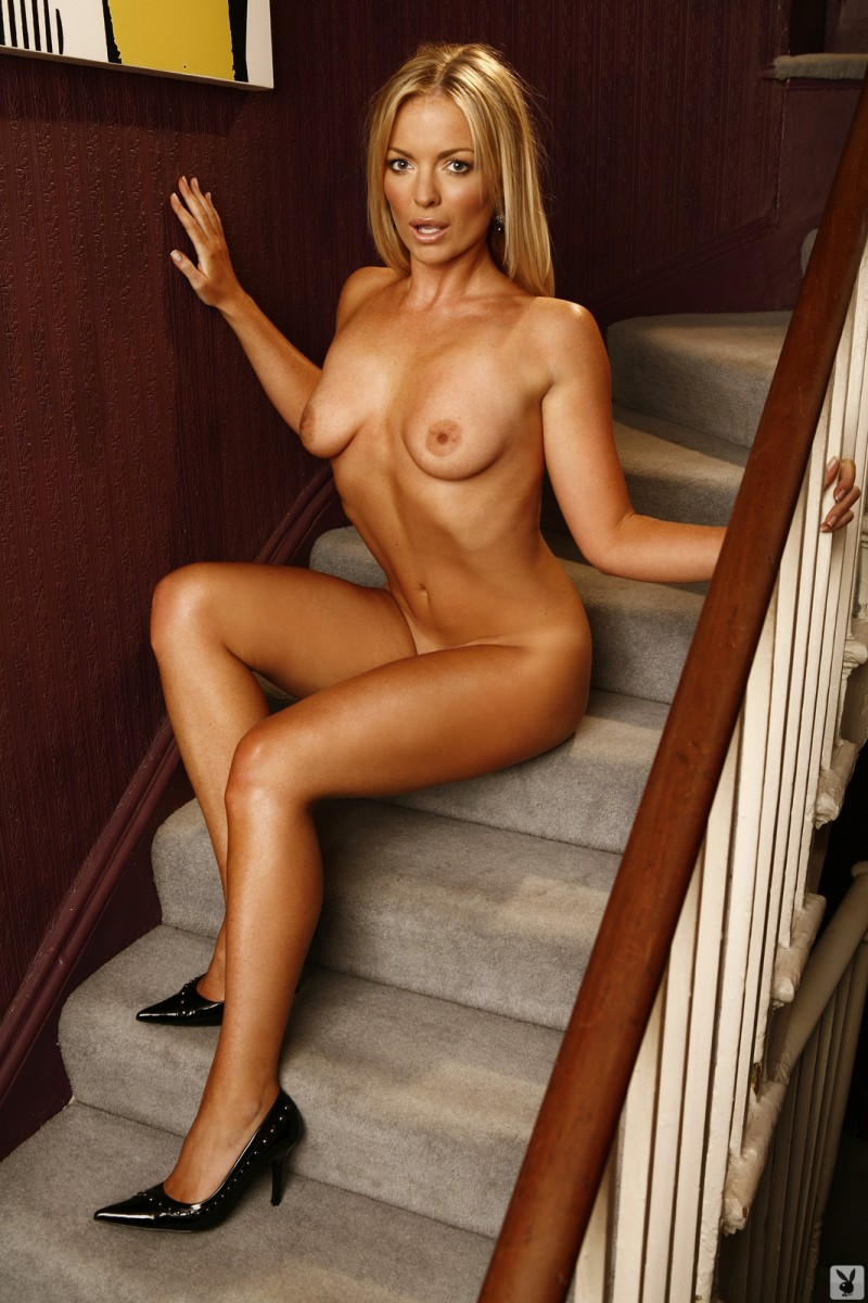 abigail-uk-cyber-girl-april-2011-playboy-24