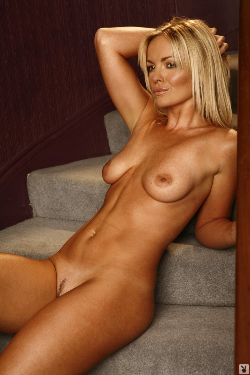 abigail-uk-cyber-girl-april-2011-playboy-26