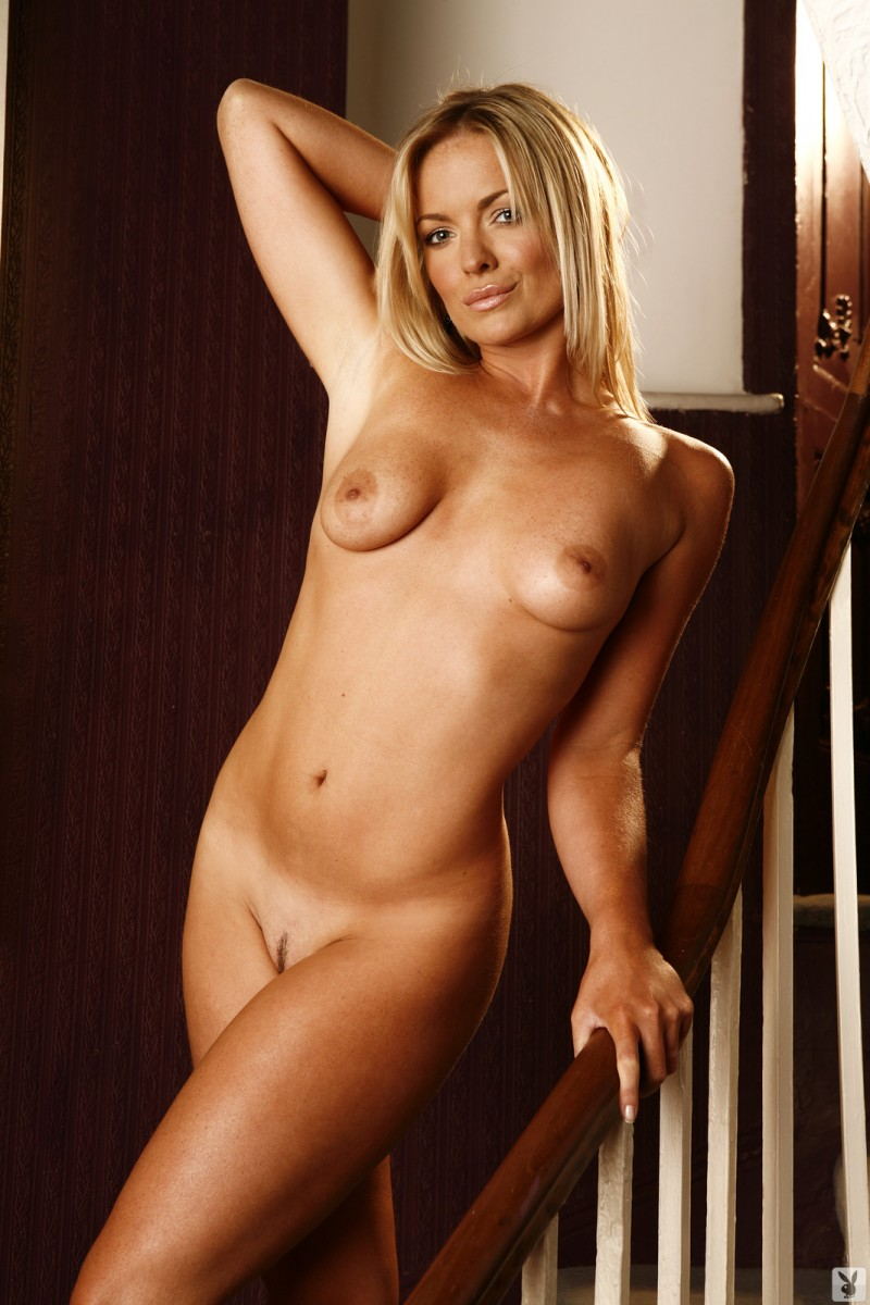 abigail-uk-cyber-girl-april-2011-playboy-29