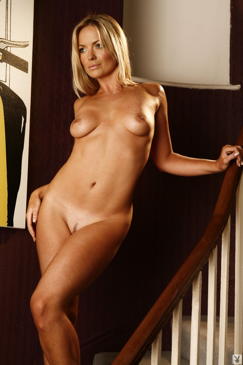 abigail-uk-cyber-girl-april-2011-playboy-30