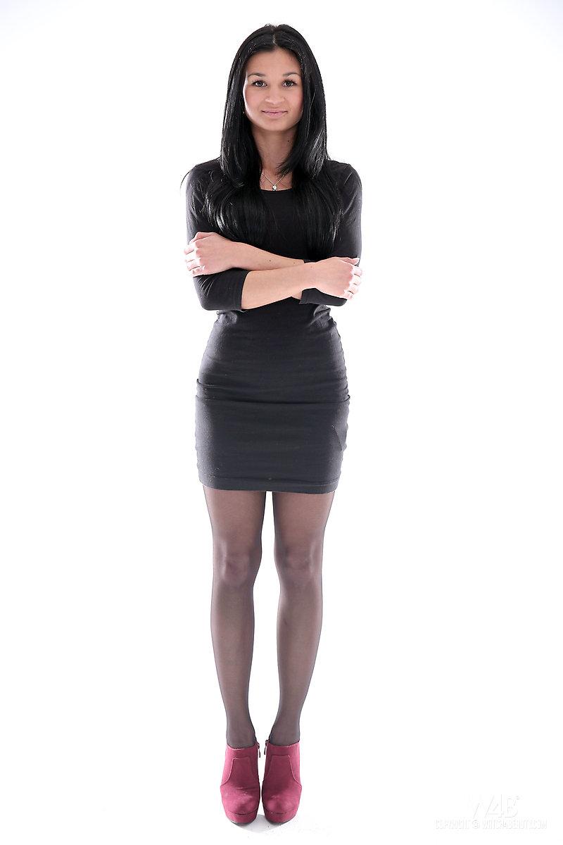 alicia-black-stockings-brunette-nude-watch4beauty-01