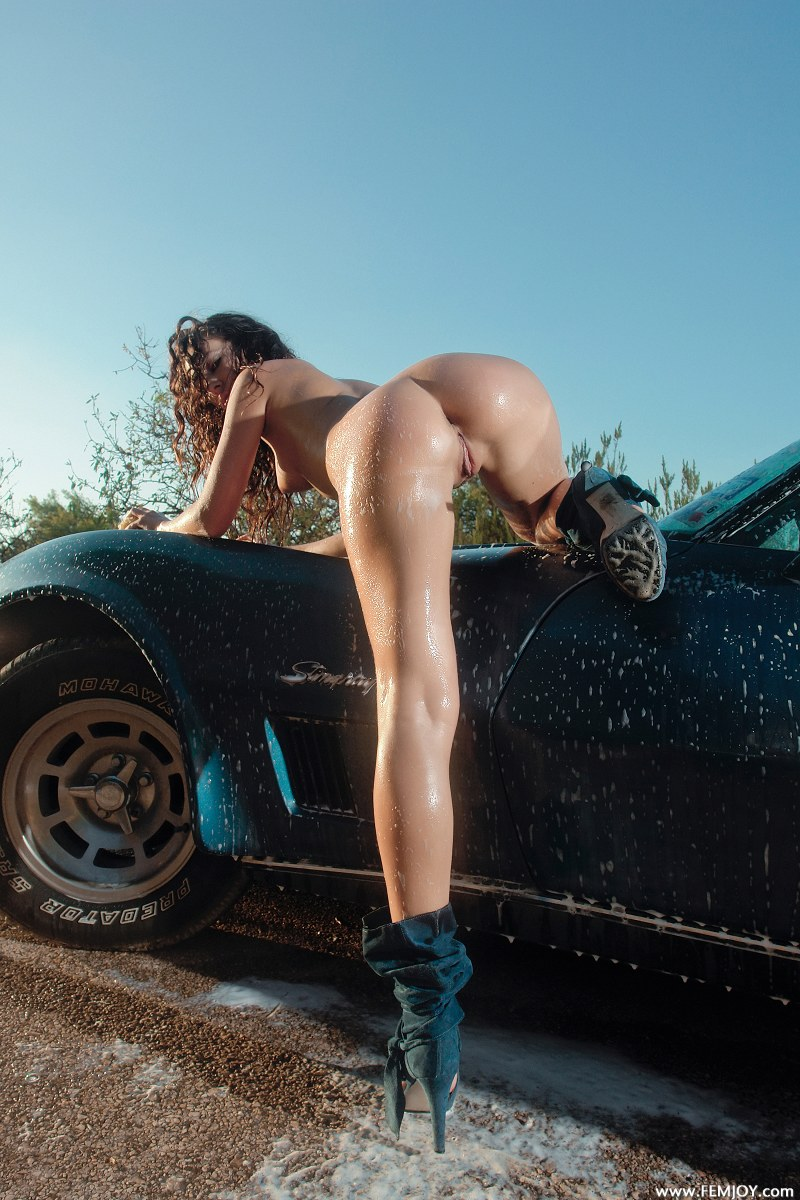 Teens washing cars naked, guy masturbating nude