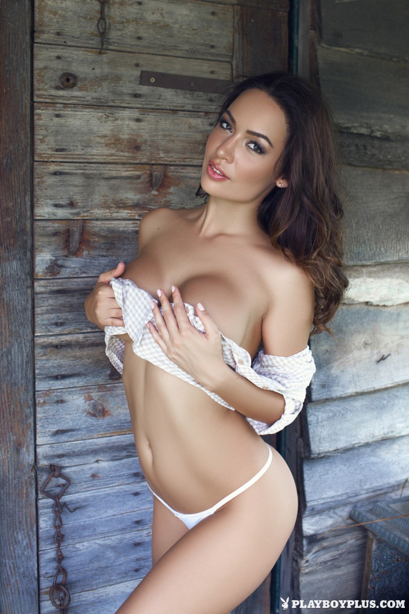 adrienn-levai-wooden-hut-playboy-07