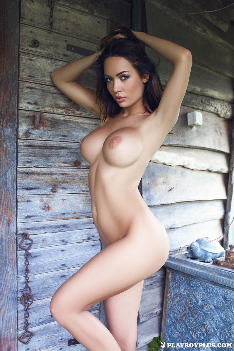 adrienn-levai-wooden-hut-playboy-24