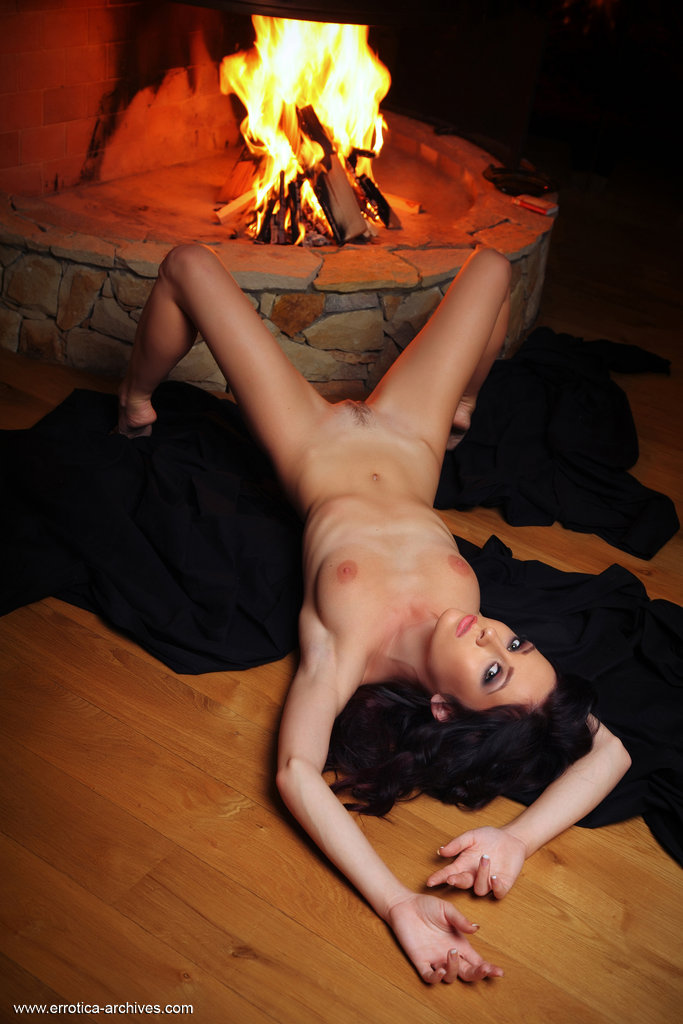 night-fireplace-errotica-archives-12