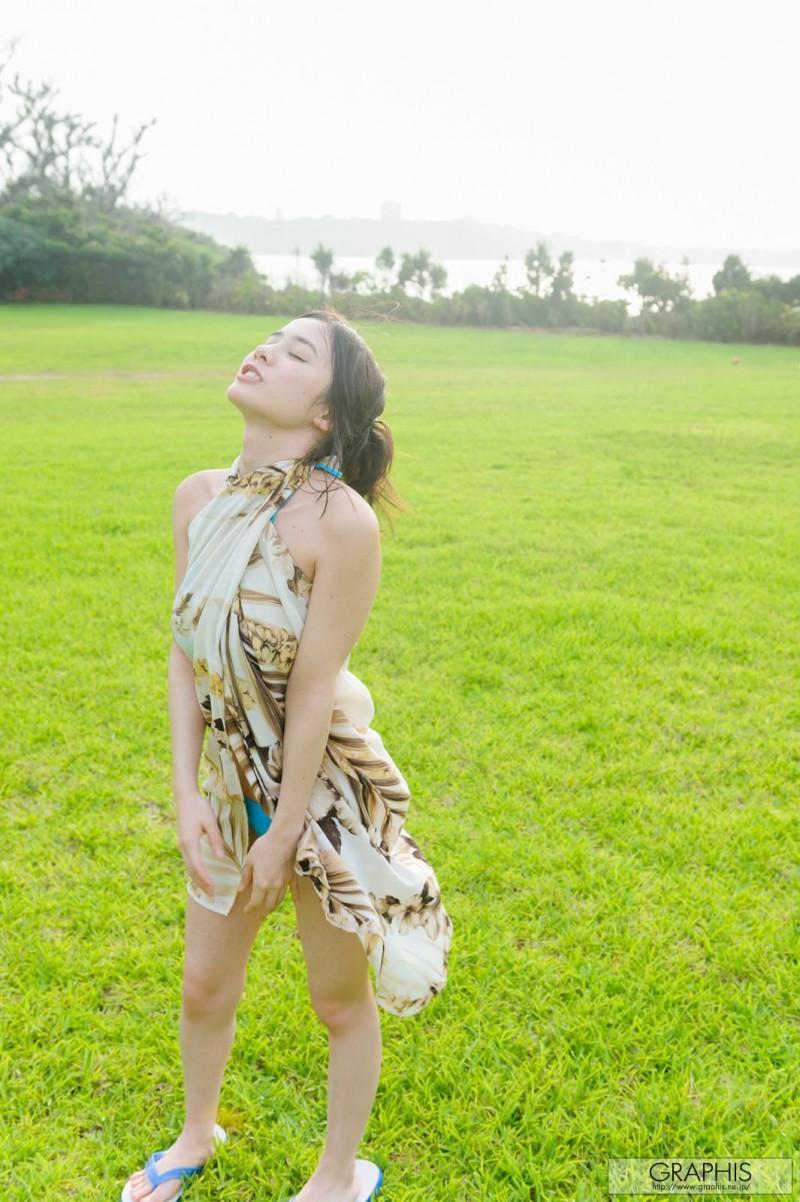 aimi-yoshikawa-bikini-nude-graphis-01