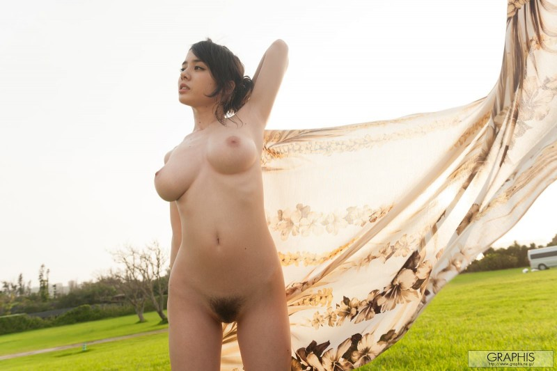 aimi-yoshikawa-bikini-nude-graphis-15