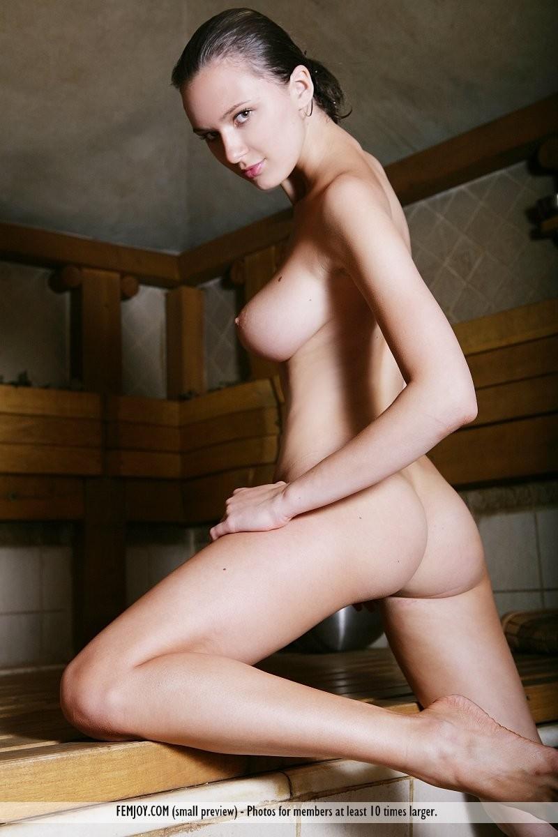 aisha-z-nude-sauna-femjoy-10