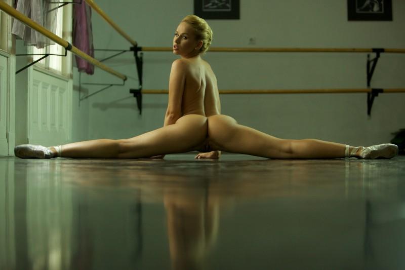 aleska-diamond-ballerina-07
