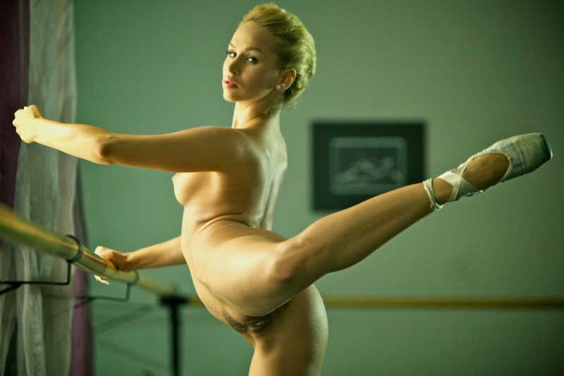 aleska-diamond-ballerina-09