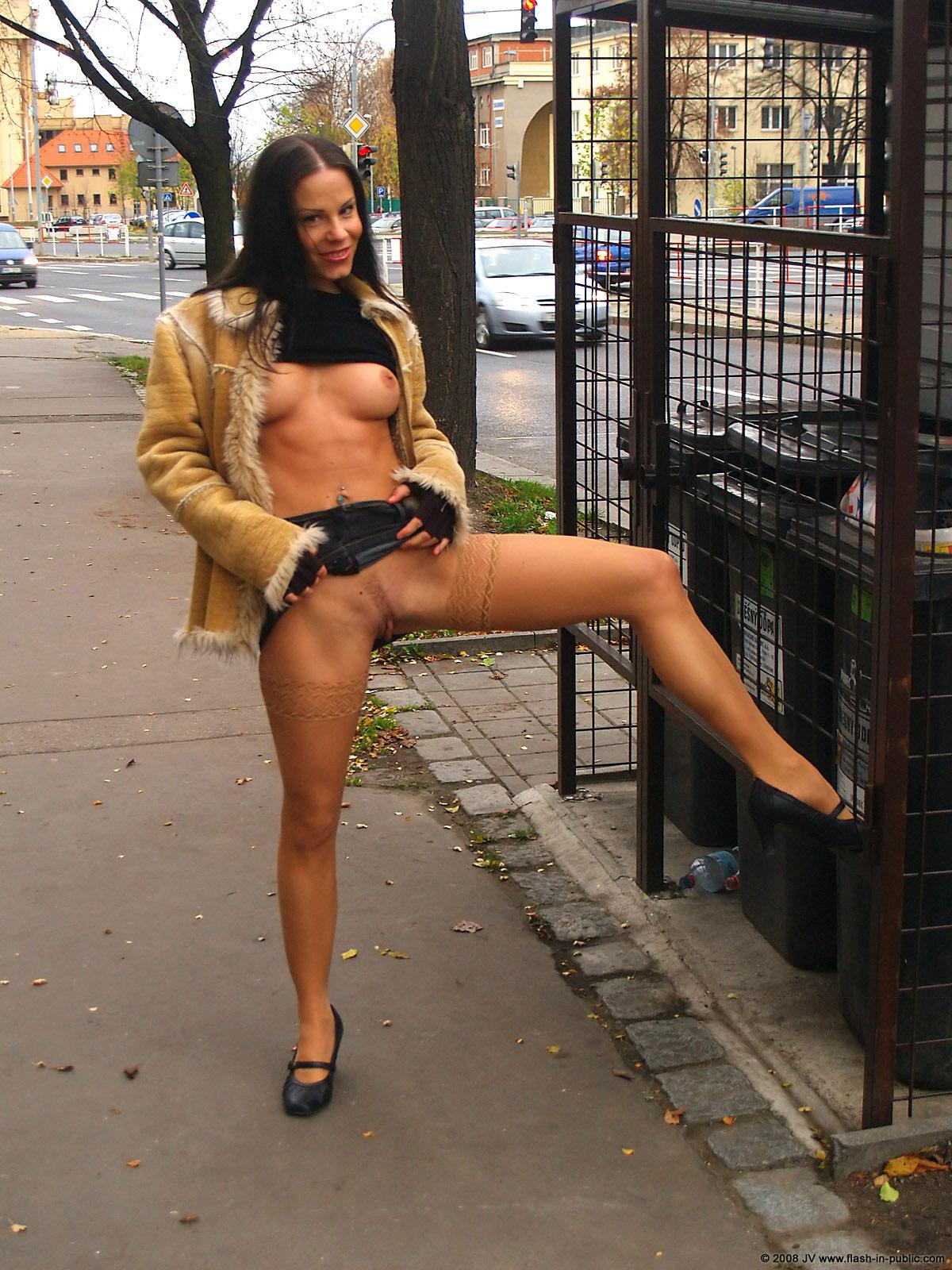 alexandra-g-bottomless-stockings-flash-in-public-23