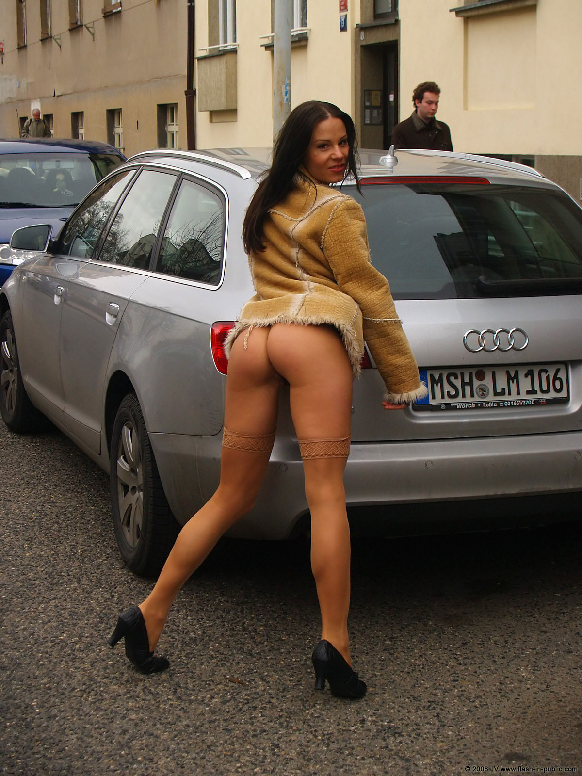 alexandra-g-bottomless-stockings-flash-in-public-31