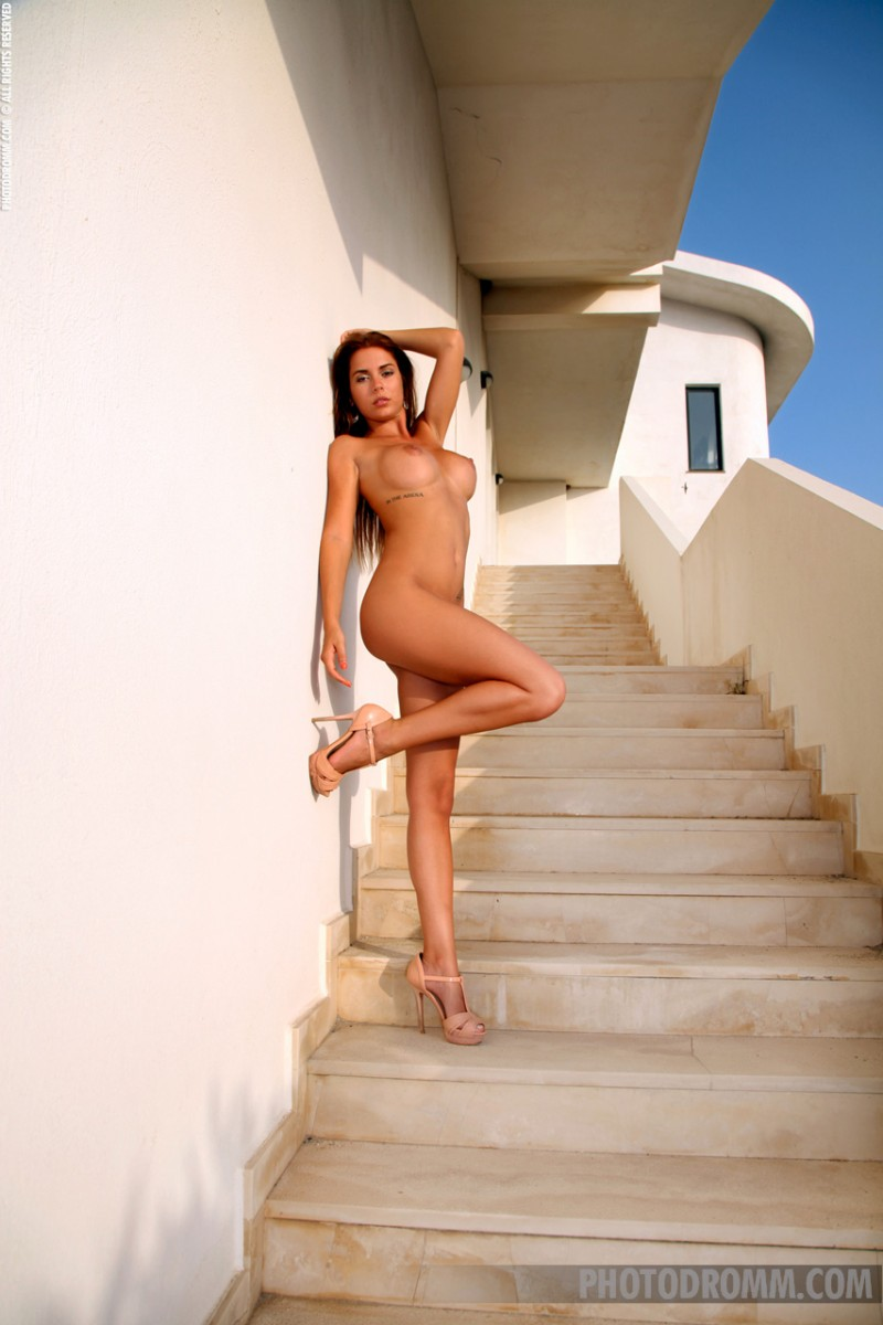alexa-stairs-photodromm-10