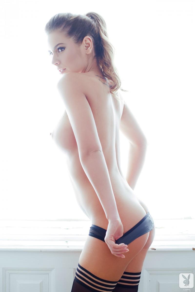 szandra-stockings-nude-playboy-14