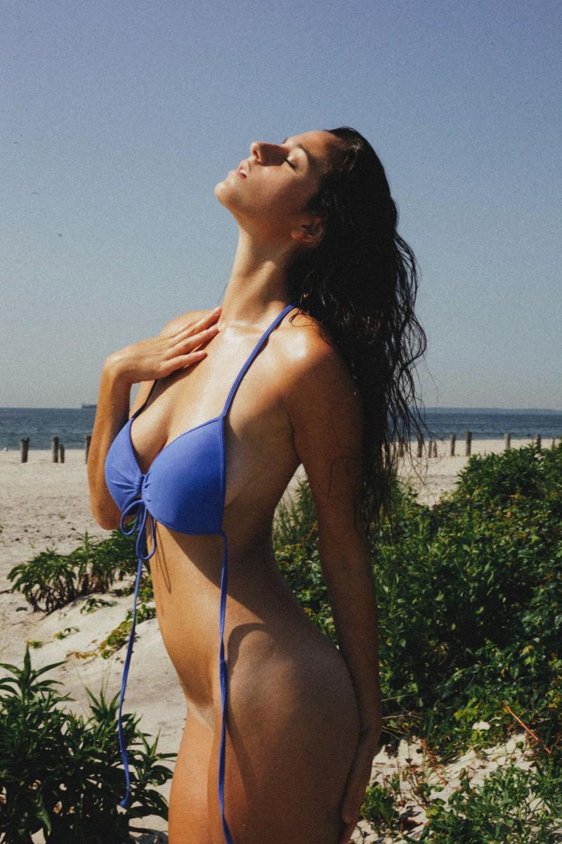 alexandra-bikini-by-cameron-davis-09