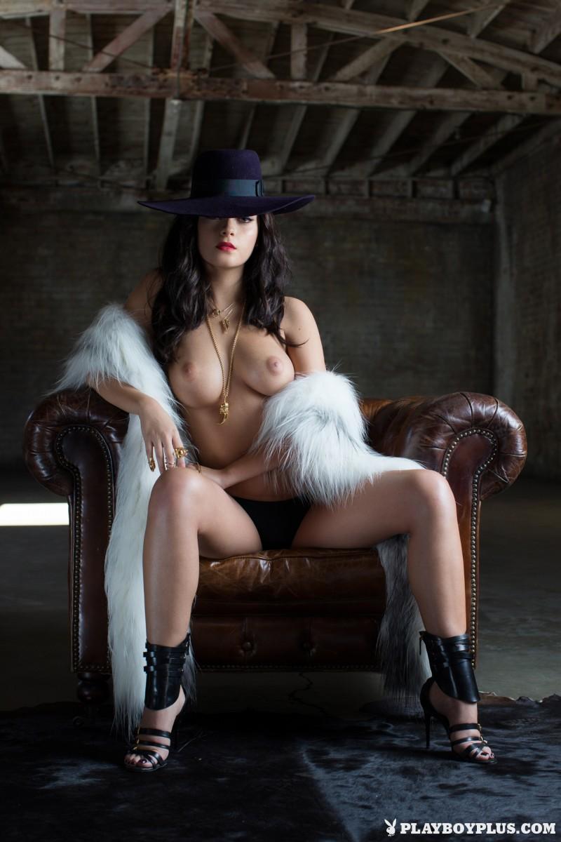 alexandra-tyler-fur-nude-playboy-17