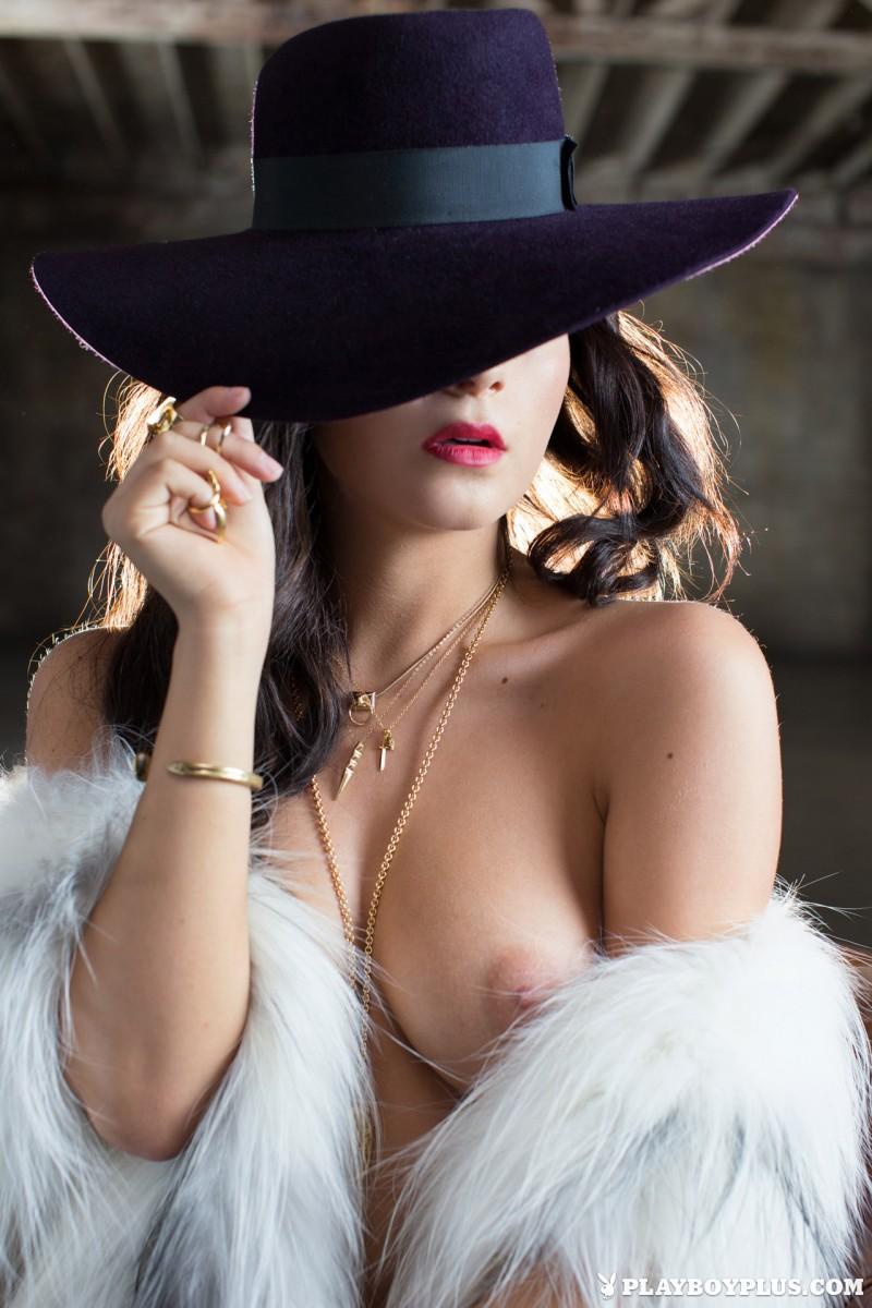 alexandra-tyler-fur-nude-playboy-18