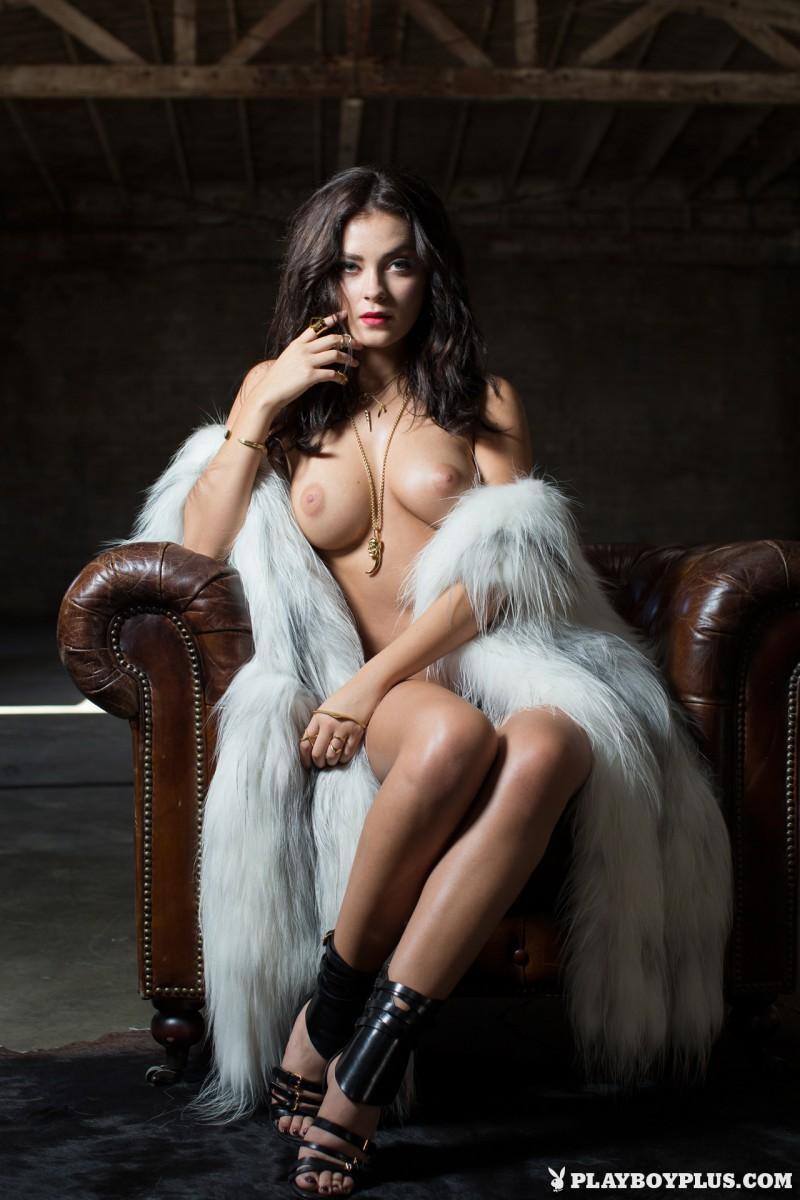 alexandra-tyler-fur-nude-playboy-20