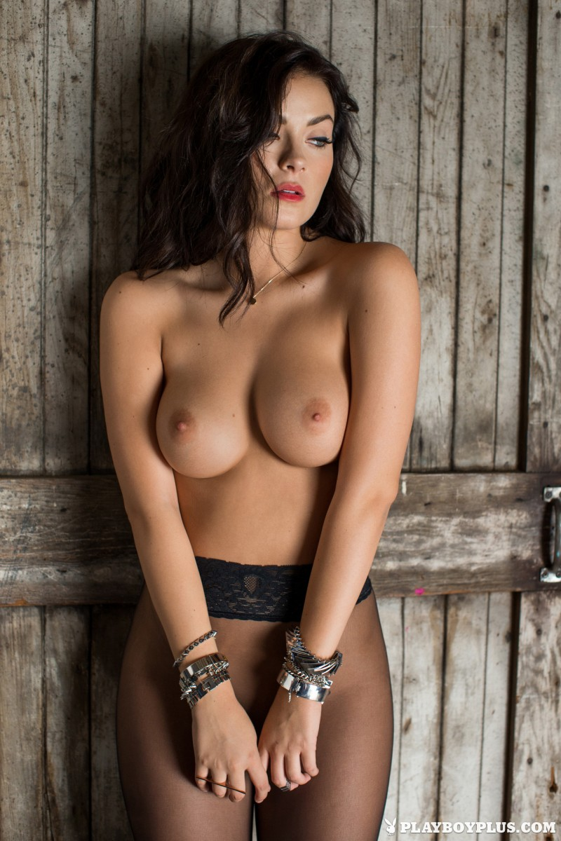 alexandra-tyler-fur-nude-playboy-41