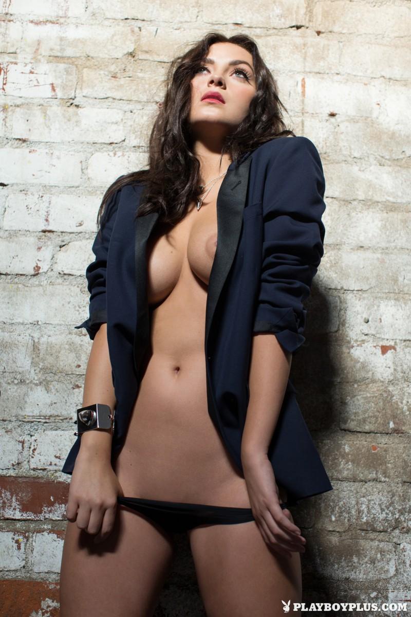 alexandra-tyler-brunette-naked-playboy-10