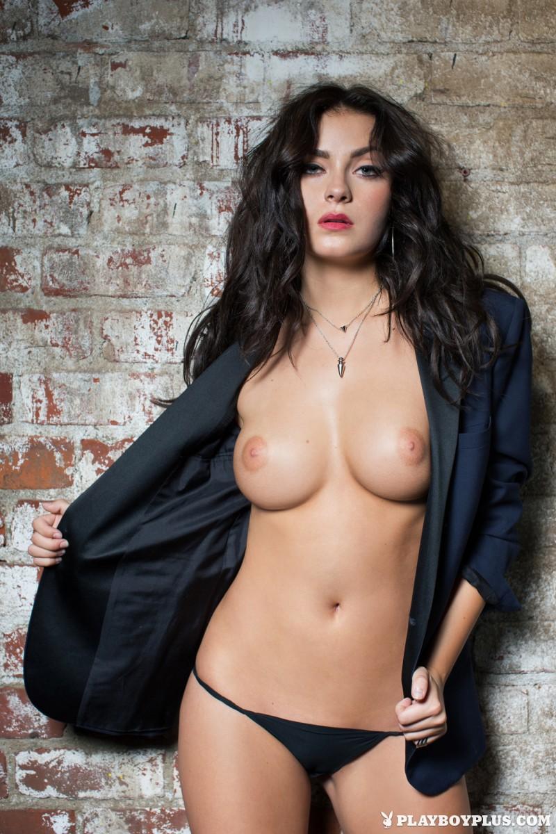 alexandra-tyler-brunette-naked-playboy-11
