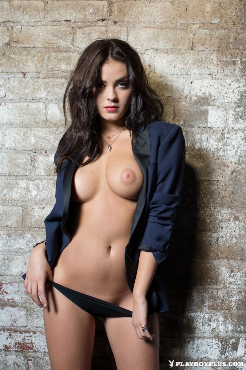 alexandra-tyler-brunette-naked-playboy-13
