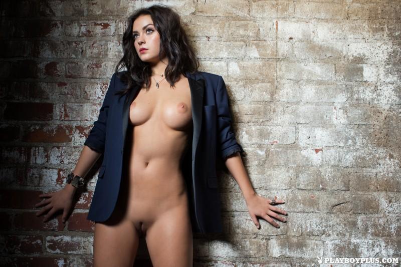 alexandra-tyler-brunette-naked-playboy-16