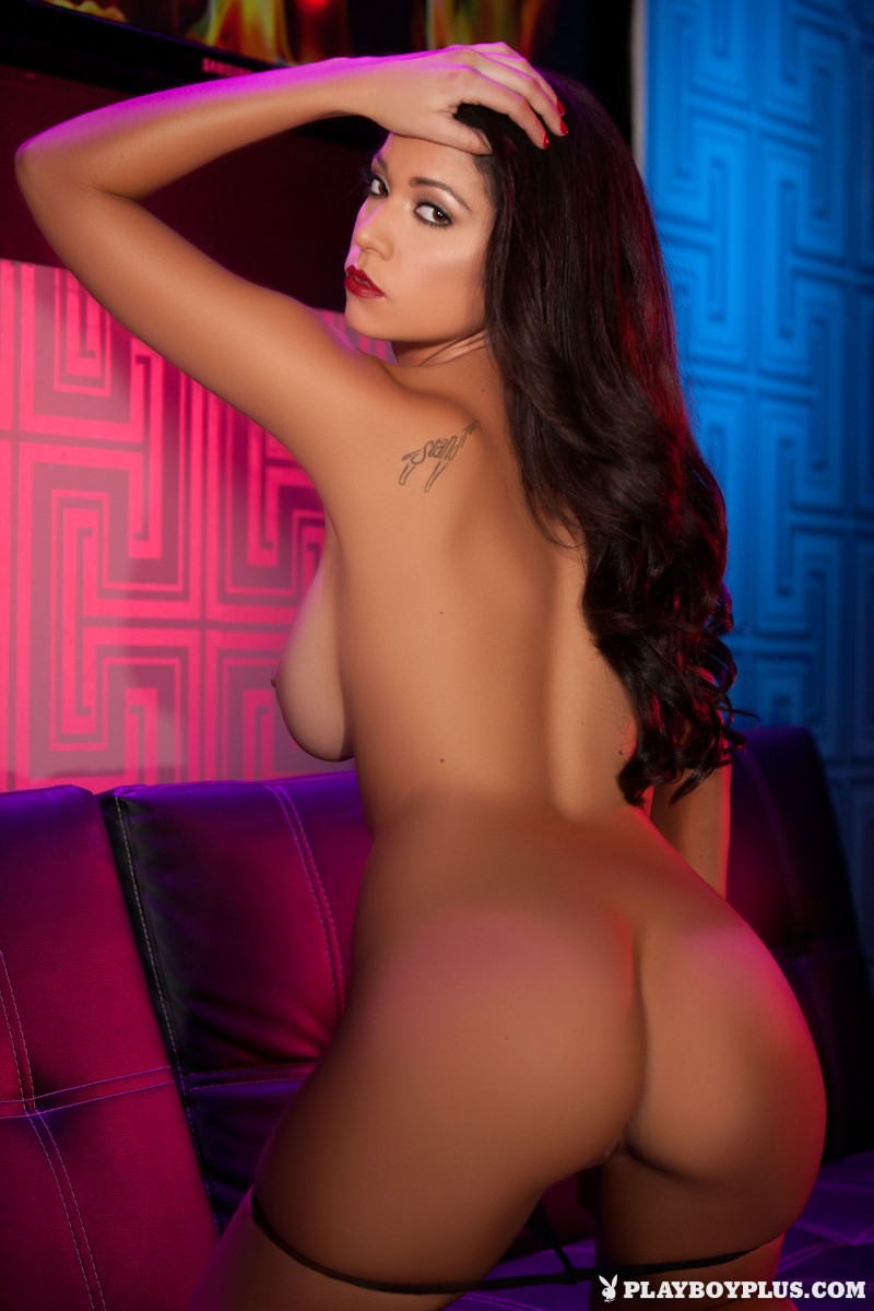ali-rose-drink-club-naked-playboy-13