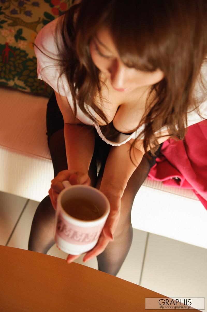 alice-miyuki-black-pantyhose-nude-graphis-04