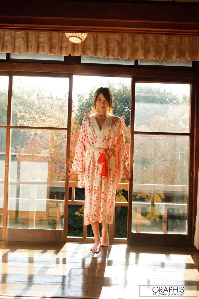 alice-miyuki-nude-kimono-graphis-02