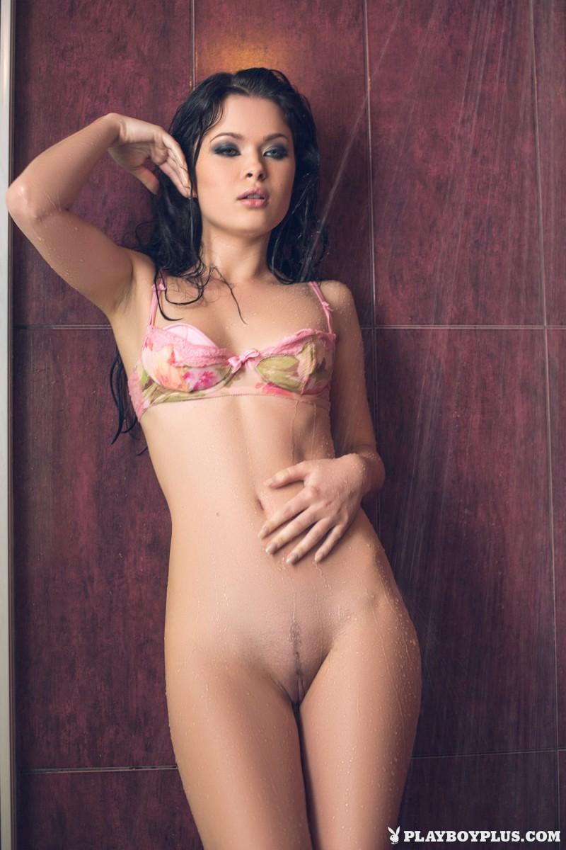 alina-mayer-naked-shower-wet-playboy-08
