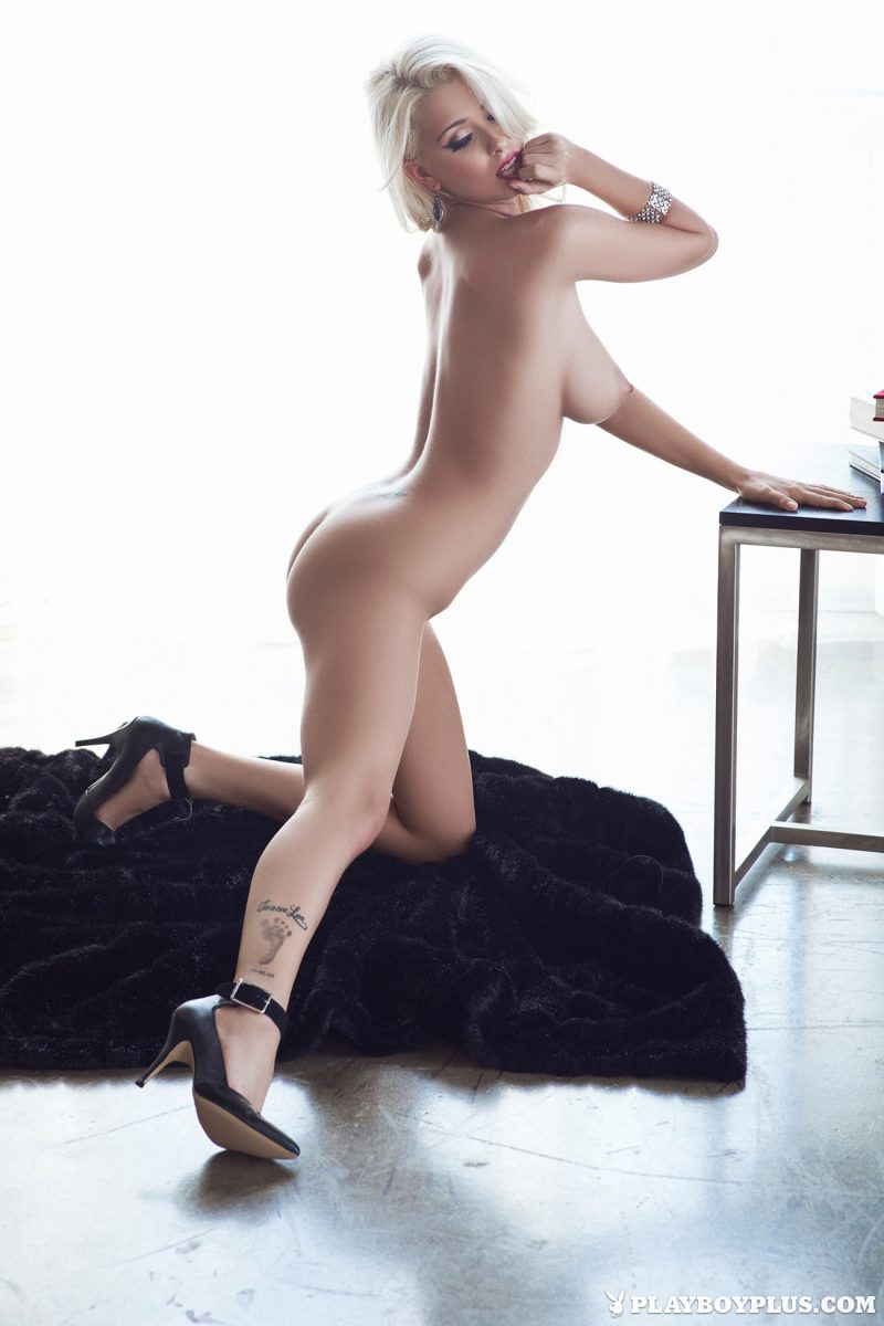 alissa-arden-blonde-nude-playboy-24