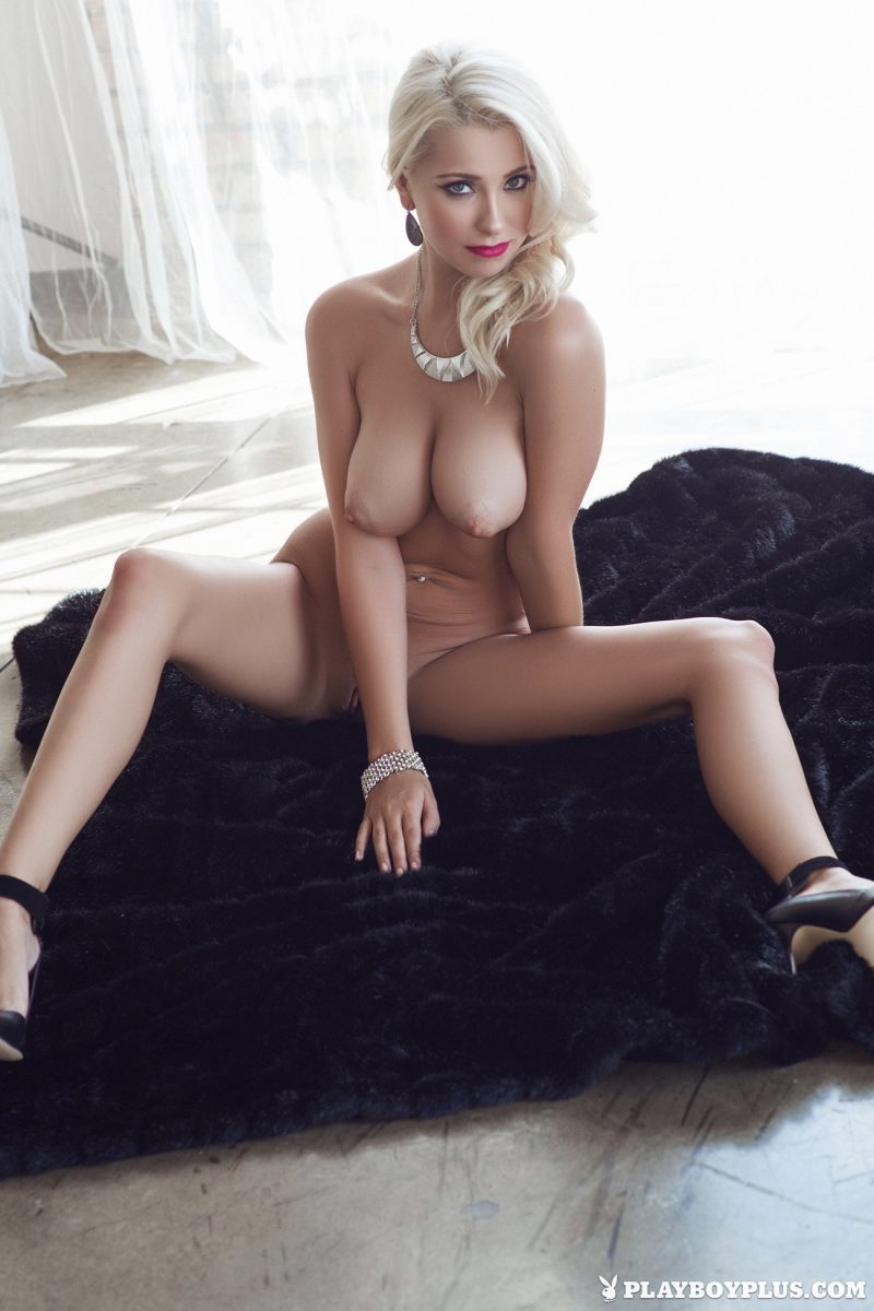 alissa-arden-blonde-nude-playboy-27