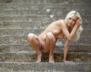 aljena-a-outdoor-skinny-nude-metart