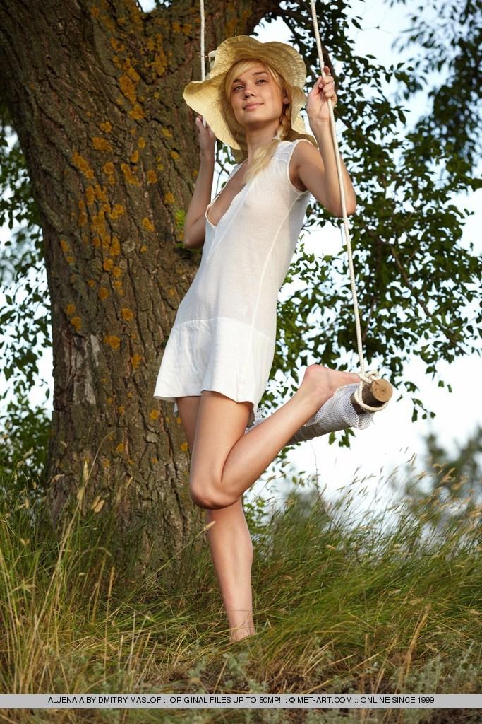 aljena-a-swing-nude-met-art-04