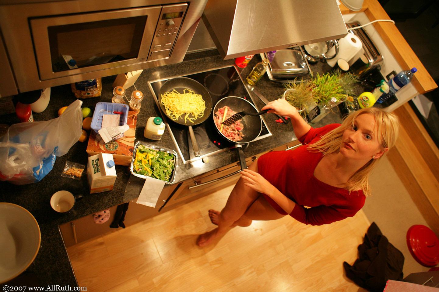 Dinner Naked 16