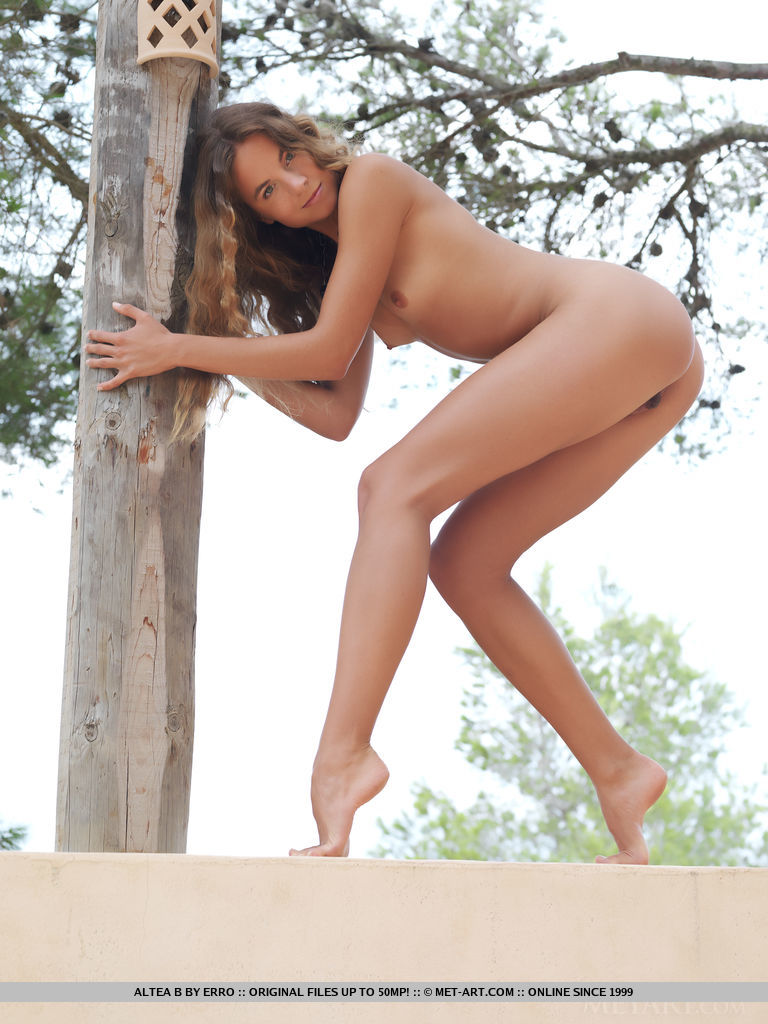 altea-b-nude-terrace-metart-09