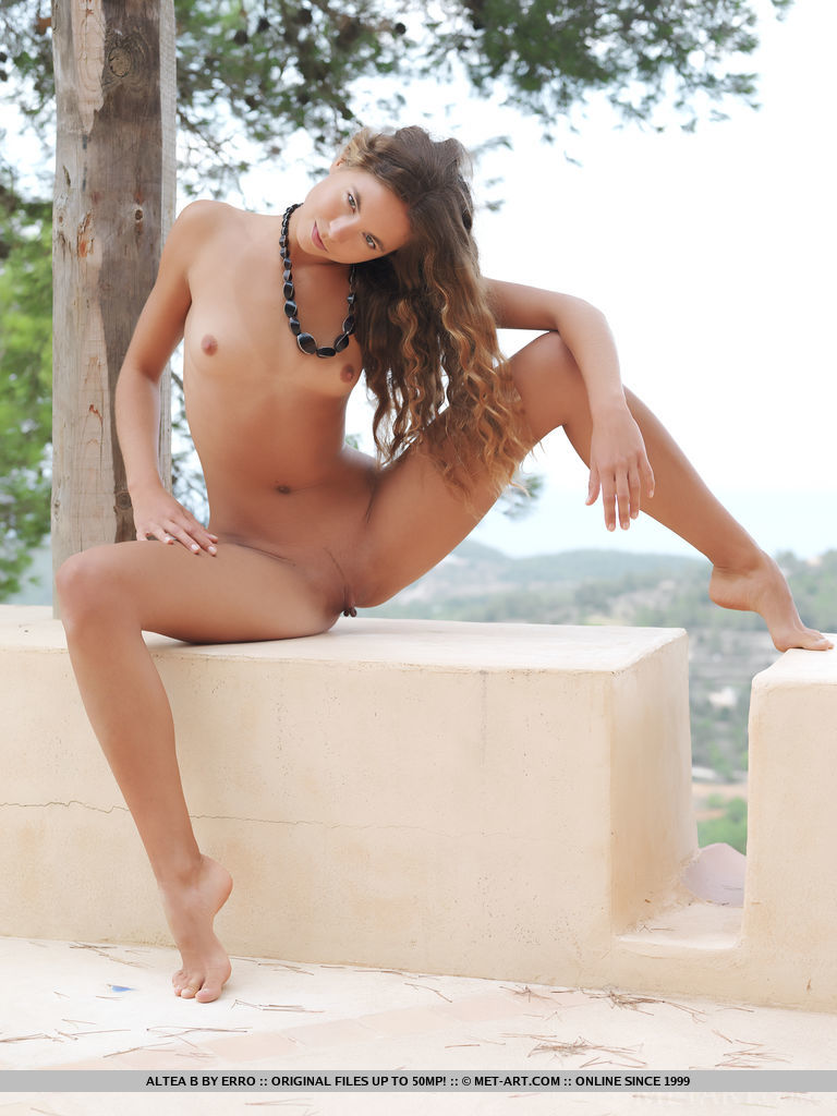 altea-b-nude-terrace-metart-16