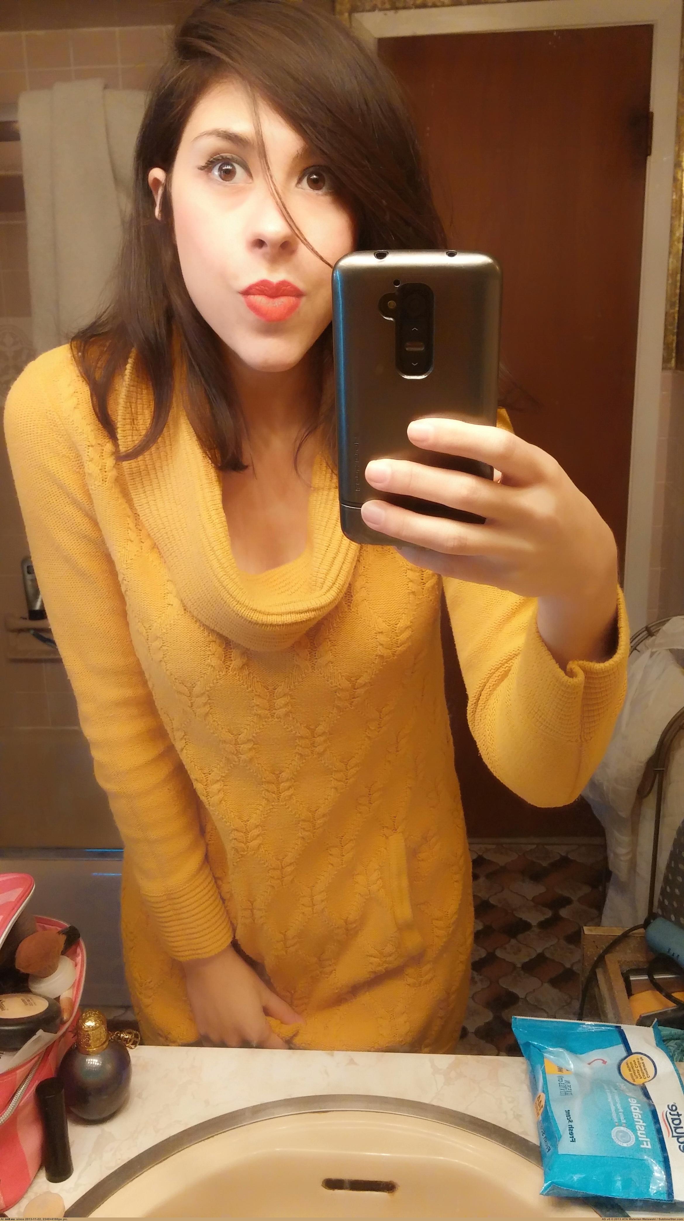 amateur-girl-boobs-selfshot-in-mirror-nude-01