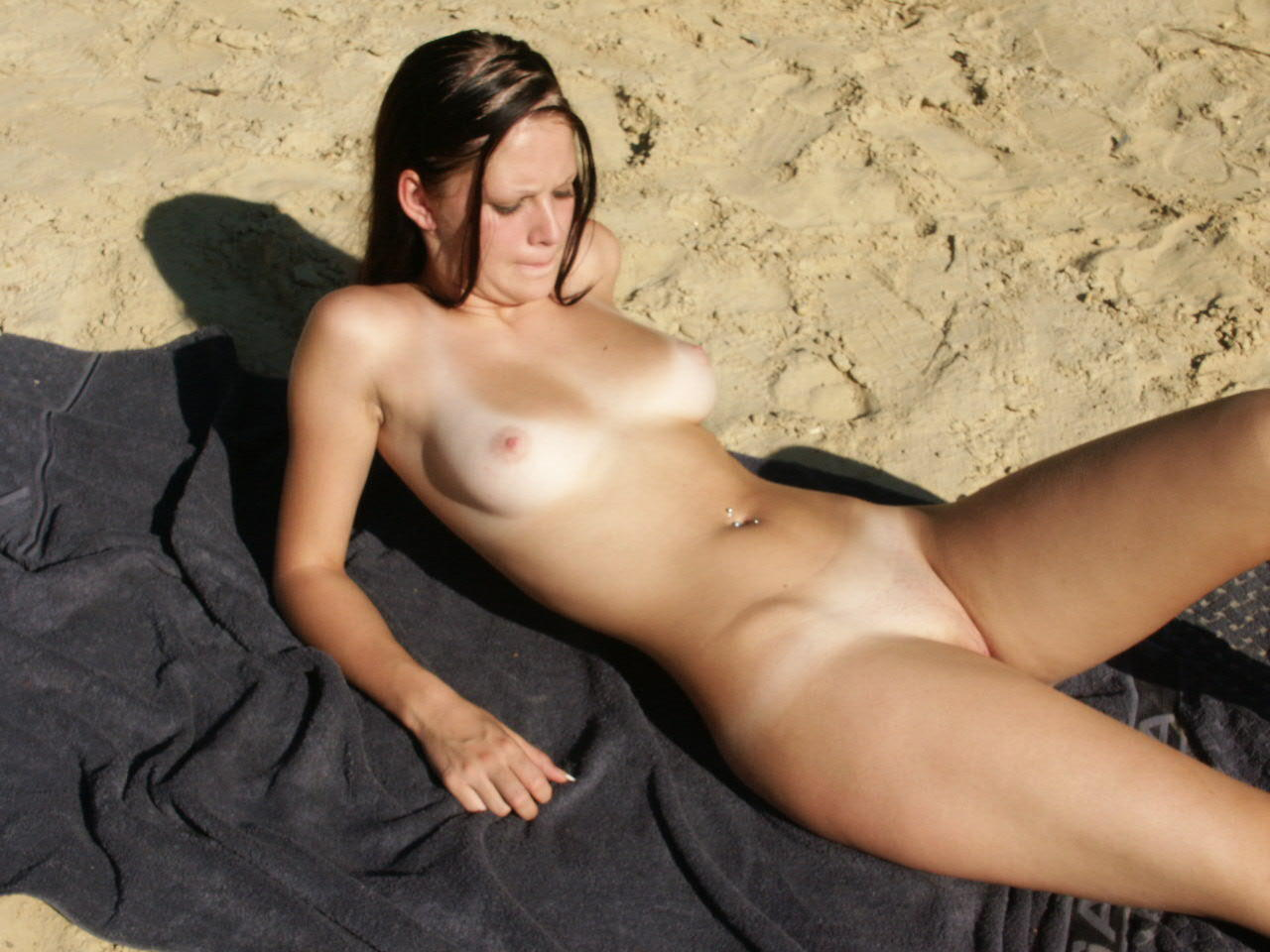 Nude girl in swamp erotica videos