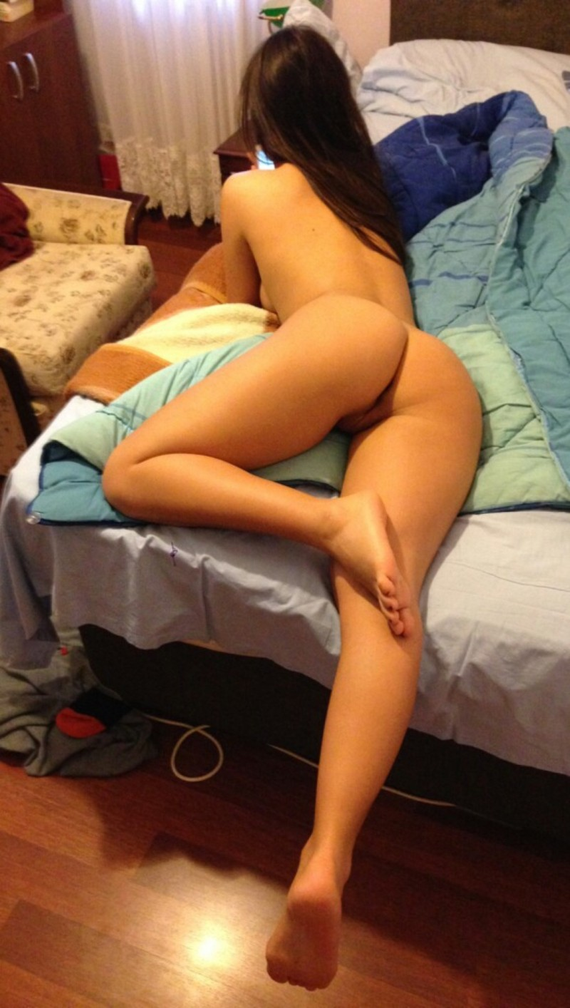 Full figured cute nude college girls