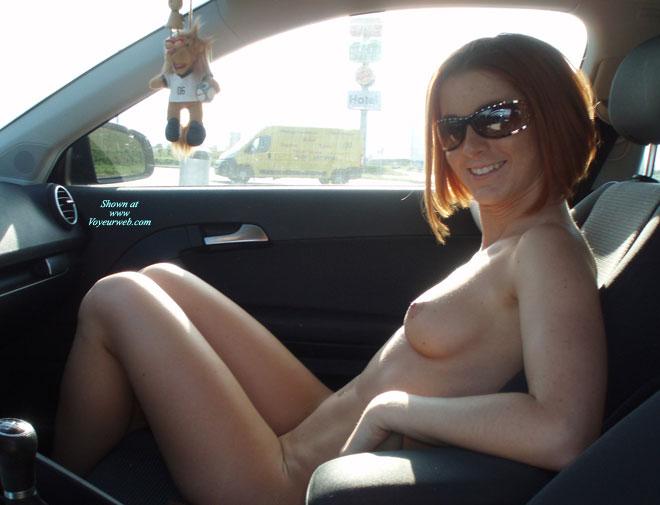amateur-redhead-nude-in-public-06