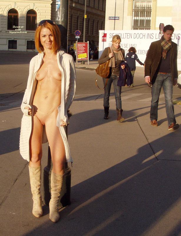amateur-redhead-nude-in-public-18