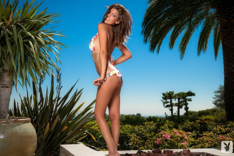 amber-alexandria-bikini-playboy-05