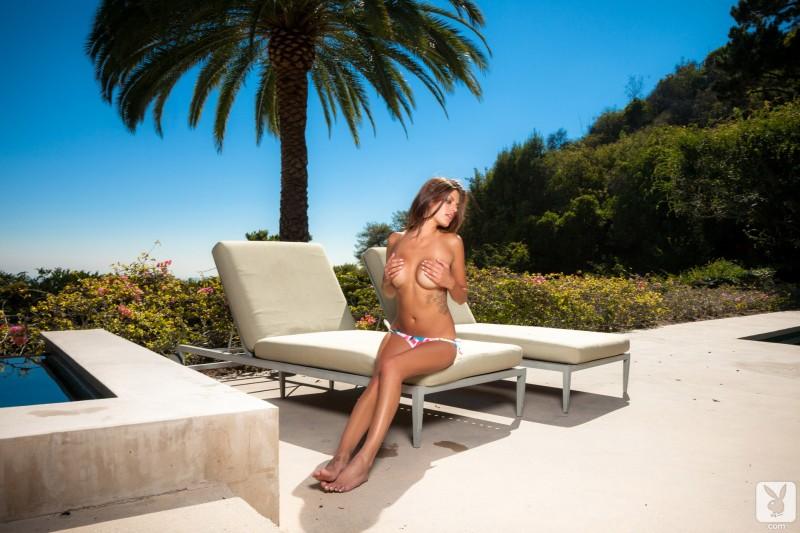 amber-alexandria-bikini-playboy-14