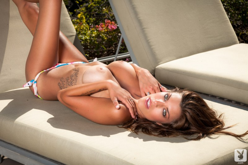 amber-alexandria-bikini-playboy-16