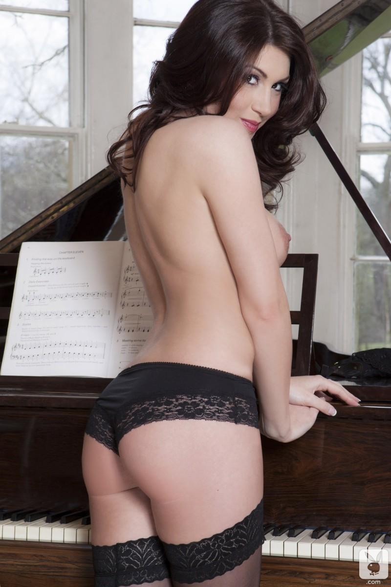 amber-price-stockings-piano-boobs-playboy-10