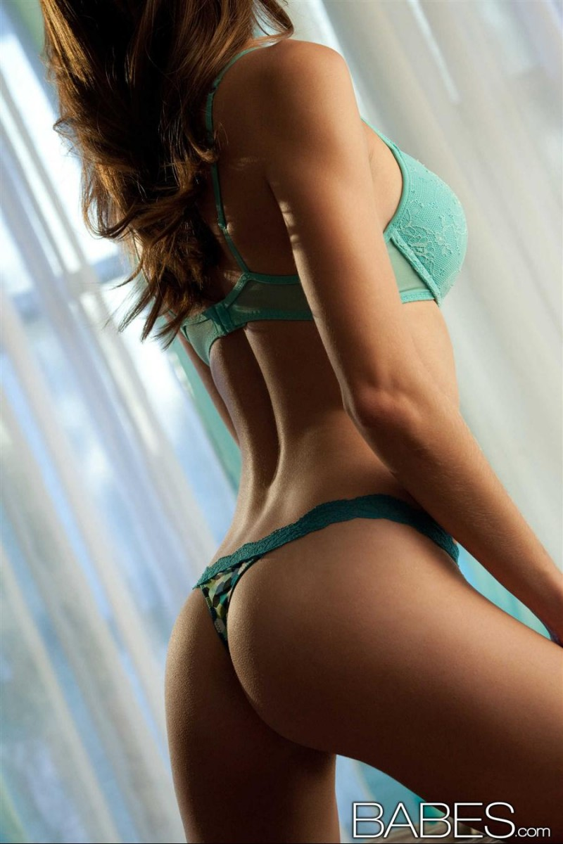 amber-sym-turquoise-lingerie-babes-08
